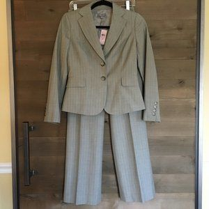 ANN TAYLOR 2 Piece Pinstripe Career Pant Suit NWT!